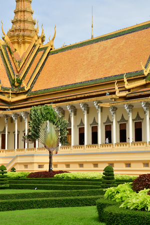 Phnom Penh; Kingdom of Cambodia - august 20 2018 : the throne hall of the Royal Palace Publikacyjne