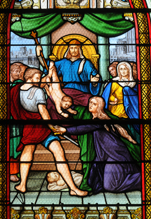 Les Mureaux; France - july 14 2017 : stained glass window of the Saint Pierre Saint Paul church 에디토리얼