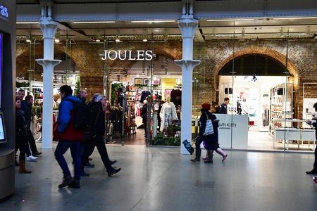 London; England - november 24 2018 : store in Saint Pancras international railway station