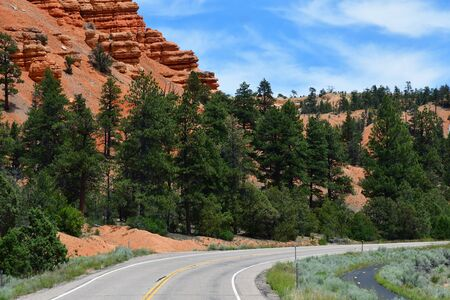 the road between Kanab and Bryce Canyon park Reklamní fotografie