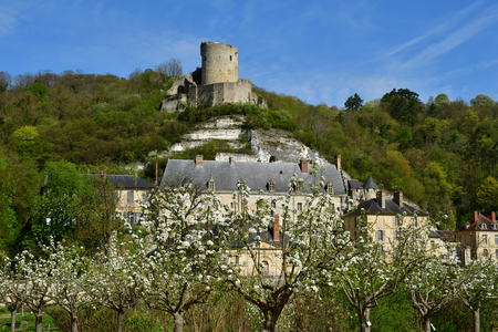 La Roche Guyon; France - april 17 2018 : the castle Stockfoto - 129234387