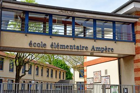 Saint Germain en Laye, France - april 16 2019 : the Ampere primary school Редакционное
