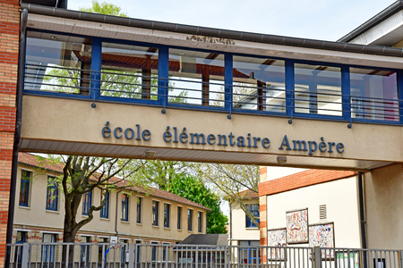 Saint Germain en Laye, France - april 16 2019 : the Ampere primary school Фото со стока - 132891831