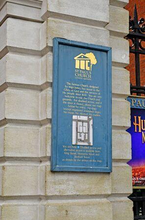London, England -  may 3 2019 : saint paul church in the Covent Garden district Redakční