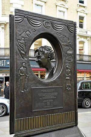 London, England -  may 3 2019 : agatha christie memorial in the Covent Garden district Redakční