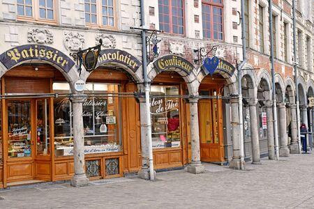 Aras, France - january 24 2020 : chocolate seller in the Taillerie street Sajtókép