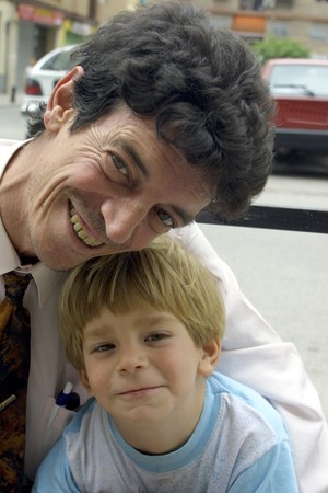 between 5 and 10 years: Father with his son