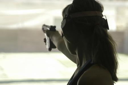 사격: European Championship with a gun shooting Olympic short 스톡 사진