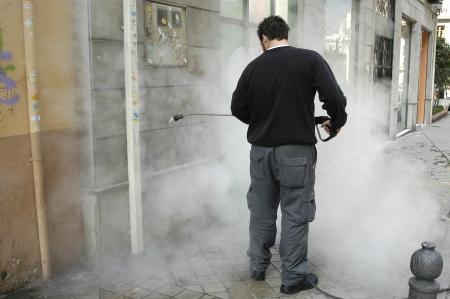 pulizia pavimenti: PULIZIA DEL VERNICIATO IN GRENADA Facciate Archivio Fotografico