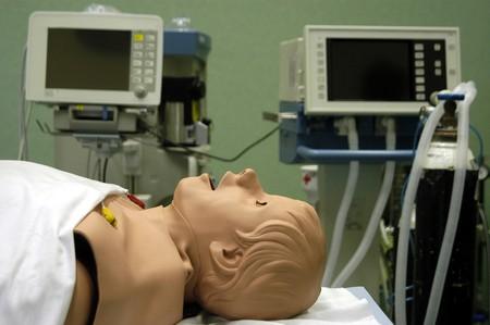 signos vitales: Maniqu�es de simulaci�n rob�tica para cl�nica