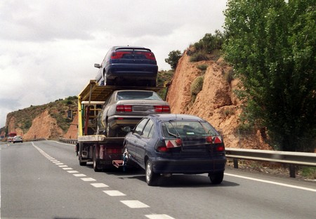 Truck crane with car
