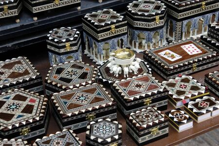 marqueteria: Incrustaciones de artesan�a t�pica de Granada