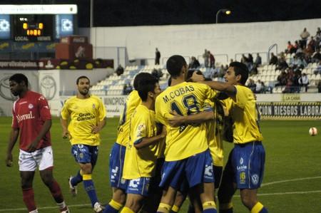 20080329- Motril-Granada - Spain - Football game between the Granada 74 and Las Palmas de Gran Canaria Editorial