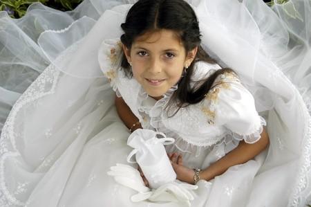 comunion: Chica con vestido primera comuni�n