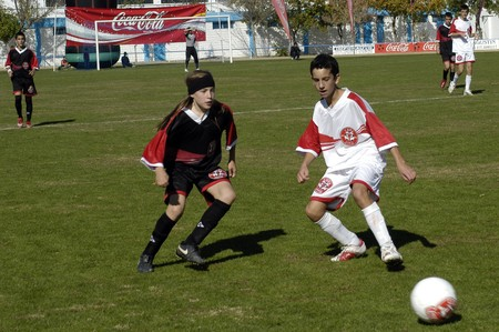2008/11/09-Spain-Granada - Football match between provincial high schools in the city of Granada / Spain Stock Photo - 7536871