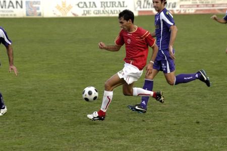 2008/09/24-España-Granada - juego de fútbol entre el Granada 74 y Jaén en la ciudad de Granada / España  Foto de archivo - 7537045