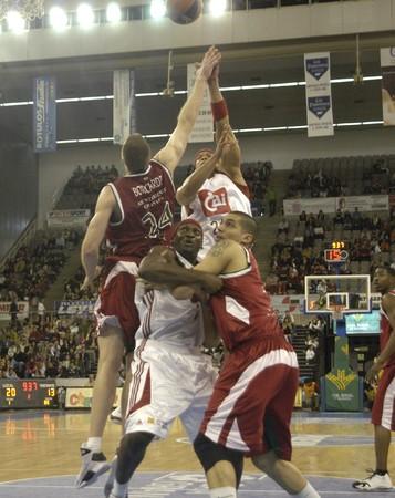20090322- Granada-Spain-Party ACB Basketball League between CB Granada and CAI Zaragoza