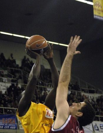 20081213- Granada-Spain-basketball game between CB Granada  and Gran Canaria Editorial