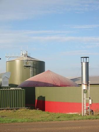 Planta de biogás y biocombustibles  Foto de archivo