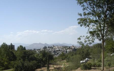 View of the city of Granada Stock Photo - 7984726