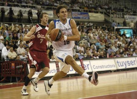 20091014-Granada-España-partido baloncesto ACB CB Granada entre Granada y Alicante  Editorial