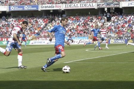 umpiring: football match between granada cf numancia 16.04.2011