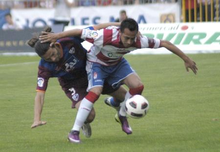 warning fans: football match between granada and huesca cf 12052011