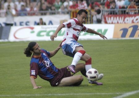 umpiring: football match between granada and huesca cf 12052011