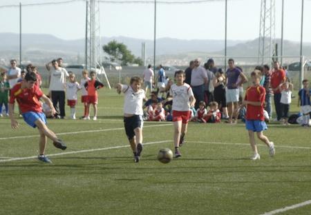 20110528 - granada - spain - child fúttbol championship granada