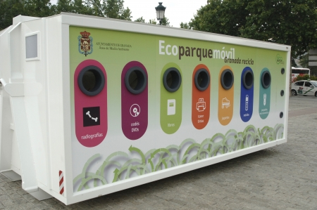 07062011 - granada - spain - mobile ecological recycling point in granada