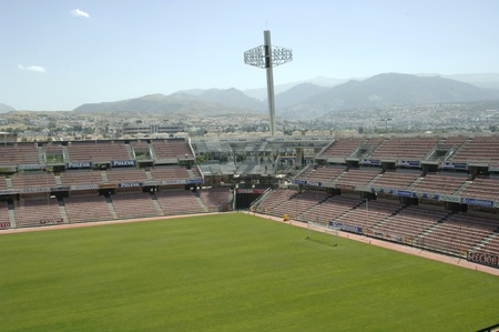 fanaticism: seat installation works at the corners of supplemental stadium cármenes of granada 18082011