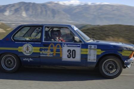 Rally de autos clásicos de las primeras nieves de la Sierra Nevada, entre Shell y estirar Saleres. 26112011