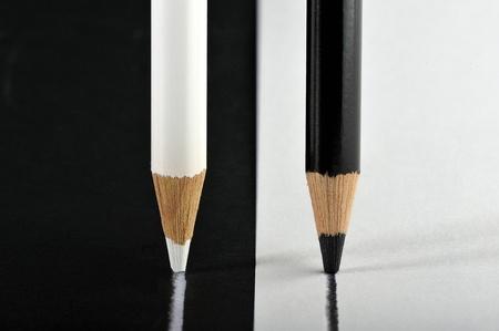 competitividad: lo contrario de color l�pices para dibujar una l�nea en paralelo en lo contrario tambi�n financia