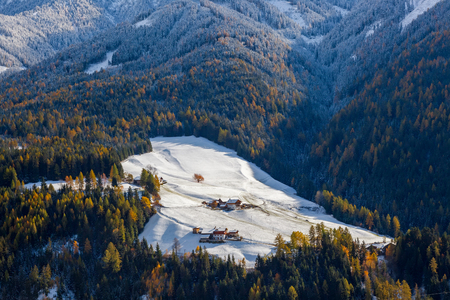 Winter snow at Val di Funes in the Dolomites mountains; Trentino-Alto Adige; South Tirol; Italy Banco de Imagens