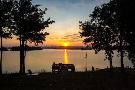 Sunset over lake colorful twilight Stok Fotoğraf - 101856922