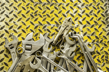 Wrenches set on Dirty metal plate background texture Stok Fotoğraf - 102225011