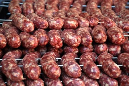 chorizos asados: Gran argentina vaca y cerdo salchichas de barbacoa