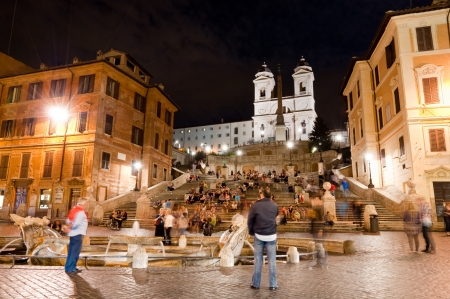 spagna: Piazza di Spagna night peoples life and Trinita dei Monti at Rome - Italy