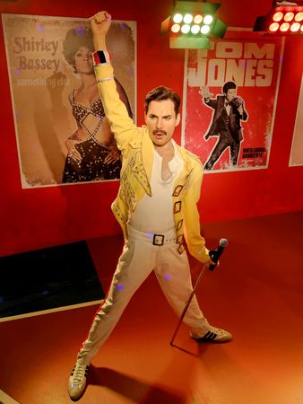 BLACKPOOL, JANUARY 14: Madame Tussauds, UK 2018. Wax statue of Freddie Mercury, best known as the lead vocalist of the rock band Queen. Redactioneel