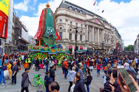 The cart festival called Rathayatra in London, wooden cart accompanied by a chanting party on Piccadilly. June 16, UK 2019 Publikacyjne
