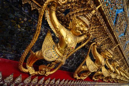 garuda: Garuda Naga hold