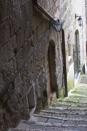 foreshortening: steps in Pitigiano