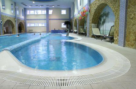 piscina olimpica: piscina cubierta 3 Editorial
