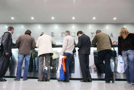 multitud en el registro