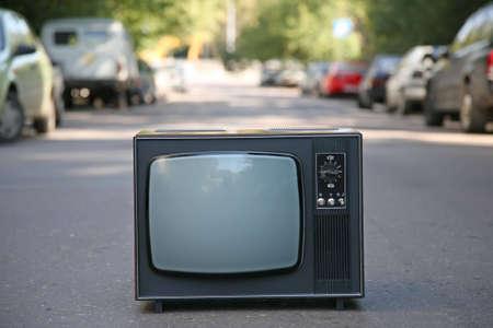 television antigua: el viejo televisor Foto de archivo