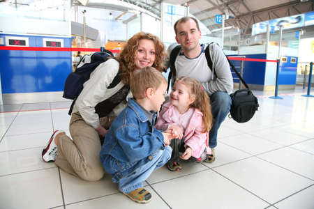 luggage airport: traveling family