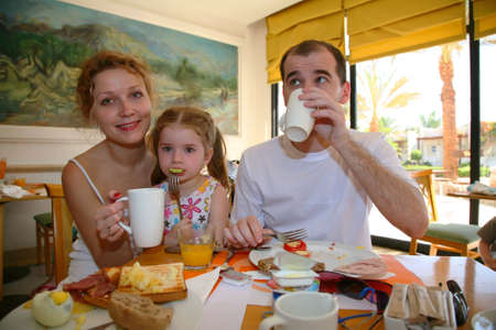 family dinner: family dinner breakfast