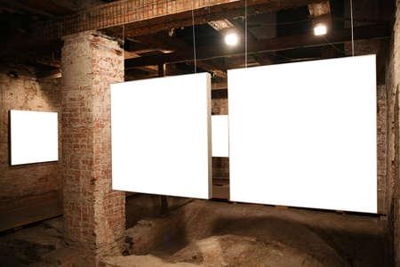 wśród: białe ramki między cegły 2