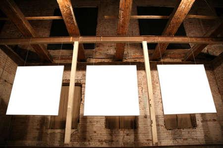 wśród: biały ramek wśród cegła ściany 3
