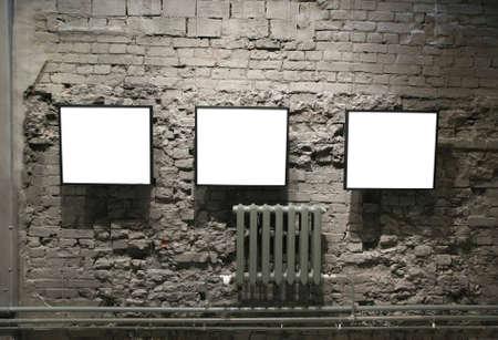 gallerie: frames on the bricks wall